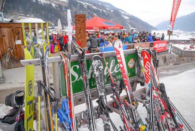 From Ski to Après Ski – Winter fashion versatility
